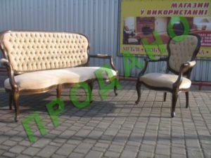 Антикварна м'яка частина (3-х містний диван та два крісла)-0