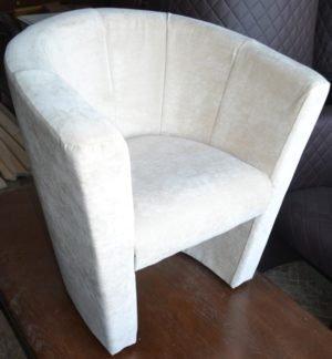 Крісло дитяче від виробника-0