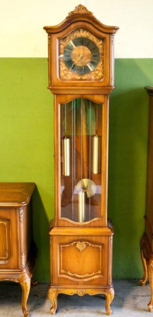 Годинник Чіппенддейл-0