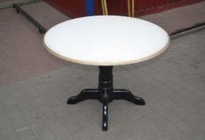 Чайний столик, у наявності-0