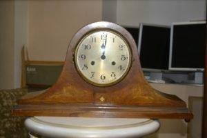 Камінний годинник-0