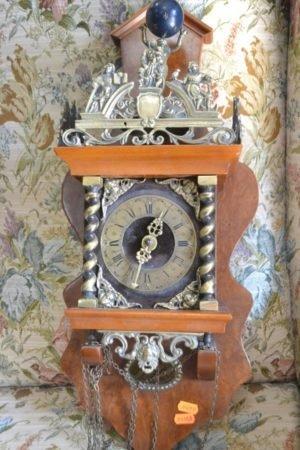 Настінний годинник А9182-0