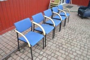 Крісла з підлокітниками, в наявності 5 шт., А9770-0