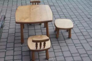 Дитячий стіл, два крісла та стілець, А9829-0