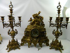 Годинник з лицарем і свічники, А9914-0