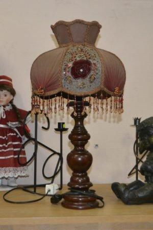 Старовинна настільна лампа, А10075-0