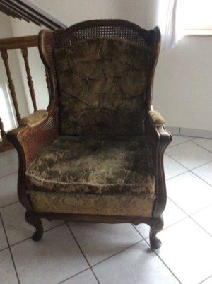 Античне крісло з ротангом, А10242-0