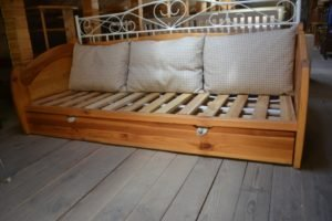 Соснове ліжко, А10303-0