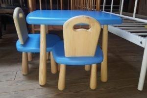 Дитячий стіл та крісла з масиву, А10394-0