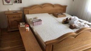 Спальня з масиву більгійського дуба: ліжко+шафа+2тумби+лавка, А10351-0